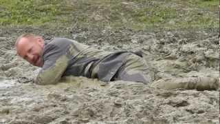 getlinkyoutube.com-A muddy family