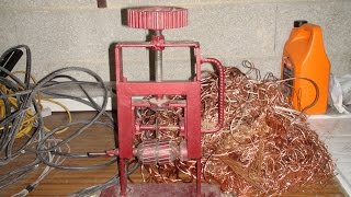 getlinkyoutube.com-Machine à dénuder le cuivre fait maison wire stripping machine