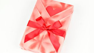 getlinkyoutube.com-Japanese Gift Wrapping ~Kimono Style with a Heart Shaped Message Card~