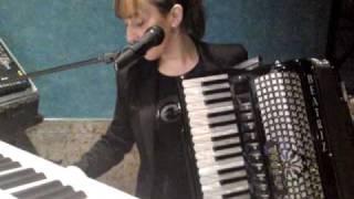 getlinkyoutube.com-beatriz y su acordion vaya balla