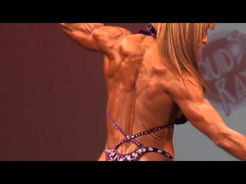 Karina Nascimento Posing Routine at 2012 IFBB Desert Muscle Classic