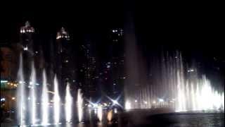 getlinkyoutube.com-نافورة دبي الراقصة على موسيقى انت عمري Dubai. Dancing Fountain - Enta 3omry