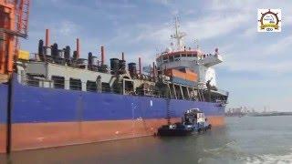 ميناء دمياط يودع الكراكة VOLVOX ASIA بعد أن أنهت أعمالها بنجاح