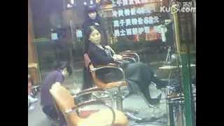 getlinkyoutube.com-Super long hair lady in salon