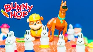 getlinkyoutube.com-BUNNY HOP Game Paw Patrol Rubble Challenge Scooby Doo in Bunny Hop Toys Video Unboxing