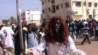 Gambia Batukunku Hausbau