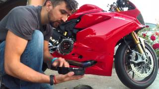 getlinkyoutube.com-How to install DucaBike Clutch cover  on a Ducati Panigale 1299S