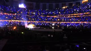 SUPERBOWL Half Time Show (from inside the superdome stadium), Beyonce 1