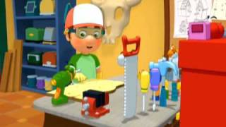getlinkyoutube.com-Handy Manny School for Tools | A Whole Lot of Holes | Disney Junior