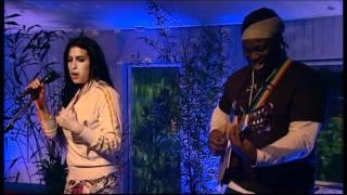 getlinkyoutube.com-Amy Winehouse - Stronger Than Me Acoustic feat. Femi Temowo 2004
