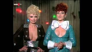 getlinkyoutube.com-Ingrid Steeger & Elisabeth Volkmann Klimbim 1970er
