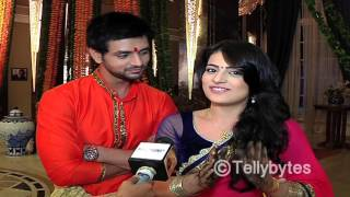 getlinkyoutube.com-Lovey Dovey Ishani and Ranveer from the sets of Meri Ashiqui Tumse Hi