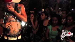 getlinkyoutube.com-Maniako En Vivo En Monterrey Cantando Mi Droga Favorita