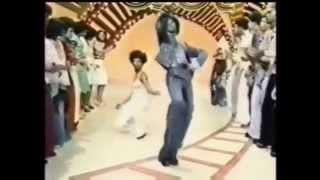 getlinkyoutube.com-TSOP The Sound Of Philadelphia MFSB featuring The Three Degrees 1974