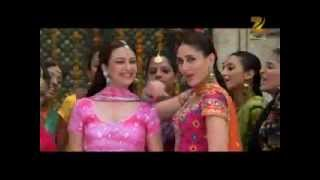getlinkyoutube.com-Jab We Met -Nagada Nagada