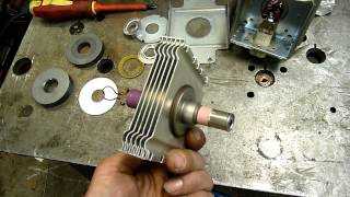 getlinkyoutube.com-Dangers of Dismantling a Magnetron