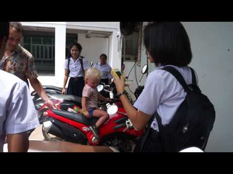 Thai Surat Thani school girls and Roma part 6