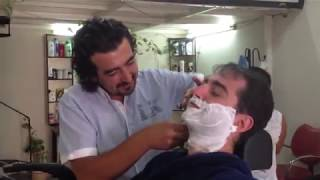 getlinkyoutube.com-Turkish barber in Kusadasi - Kuafor Ercan (Turchia)