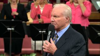 getlinkyoutube.com-I Don't Know Why Jesus Loves Me/ Through It All - Jimmy Swaggart