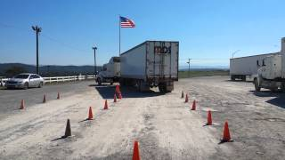 getlinkyoutube.com-Offset backing maneuver at Tn Truck Driving School