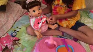 getlinkyoutube.com-Feeding my Baby Alive doll