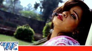 getlinkyoutube.com-Muraiya राते टूट गईल - Facha Fach Holi - Shubha Mishra - Bhojpuri Hot Song 2015 HD