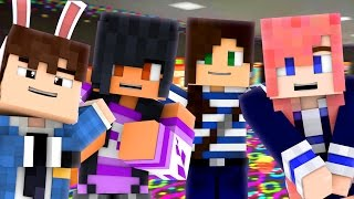 getlinkyoutube.com-GIRLS NIGHT! - Minecraft Prop Hunt