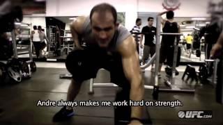 getlinkyoutube.com-UFC 155: Junior Dos Santos - Strength & Conditioning Training