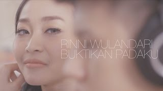 getlinkyoutube.com-Rinni Wulandari - Buktikan Padaku (feat. Jevin Julian) | Official Video