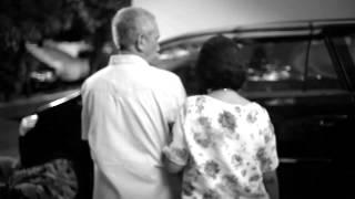 getlinkyoutube.com-Lifree Diaper Pants Documentary - Story of Ibu Marlina