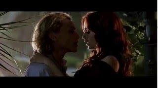 getlinkyoutube.com-Shadowhunters Città di Ossa - Primo bacio tra Jace e Clary