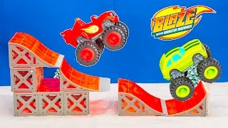 getlinkyoutube.com-BLAZE AND THE MONSTER MACHINES Nickelodeon Worlds Largest Jumping Contest Blaze Toys Video Parody