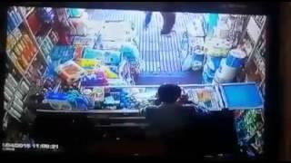 getlinkyoutube.com-فيديو الأسبوع.. تحرش بها فسقط مغميا عليها. المغرب