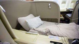 getlinkyoutube.com-JL9 ORD-NRT Japan Airlines Chicago to Tokyo First Class Suites Boeing 777-300ER (77W) Canon 5D