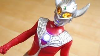 getlinkyoutube.com-光の超戦士 ウルトラマンタロウ レビュー ウルトラマンギンガ ライブサイン付 DXギンガスパークでリード可能