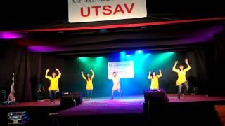 getlinkyoutube.com-Morya Dagdi Chawl Stage Performance At Sathaye Col