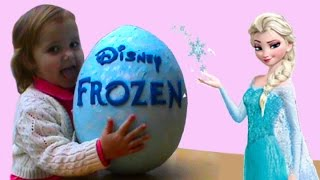 getlinkyoutube.com-Холодное Сердце Фроузен Огромное яйцо с сюрпризом открываем игрушки Frozen oeuf avec une surprise