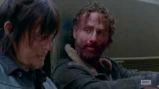 getlinkyoutube.com-Beth & Daryl || What Hurts The Most {TWD}