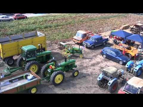 Vieux tracteurs Jandrenouille septembre 2013