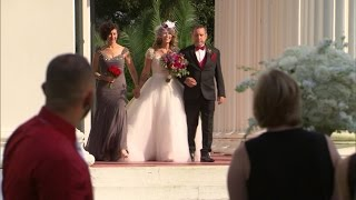getlinkyoutube.com-Tia Gives Tear-Jerking Speech at Her Son's Wedding
