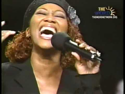 Yolanda Adams - In the Midst of it All (Video, Lyrics and mp3 download)