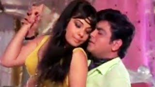 getlinkyoutube.com-Haseen Dilruba Kareeb Aa Zara - Sensuous Hindi Love Song