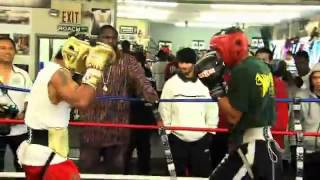 getlinkyoutube.com-Manny Pacquiao vs Mayweather Sparring match