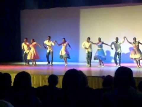 Bailes tradicionales de CUBA; Mambo-Cha cha cha-Changui