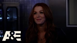 getlinkyoutube.com-Unforgettable: Carrie Tests Her Lungs (Season 4, Episode 8) | A&E