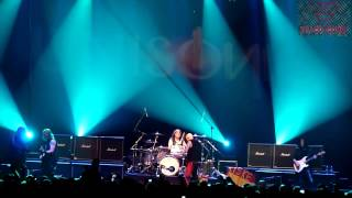 getlinkyoutube.com-Unisonic - Future World \ I Want Out - HSBC Brasil - São Paulo 2012