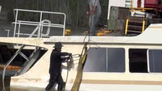 getlinkyoutube.com-lifting sunk boat
