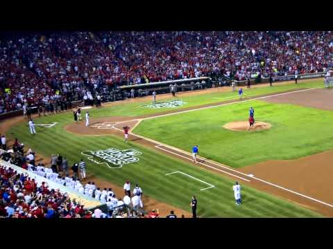 Dirk Nowitzki Throws 1st Pitch at World Series (Raw HD)