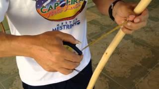 getlinkyoutube.com-Mestre Mestrinho - Armando um Berimbau