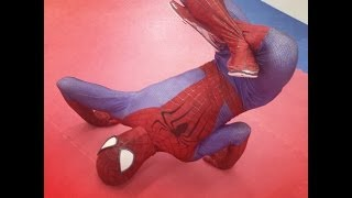 "getlinkyoutube.com-""Stunning"" Spider-Man Bboying"
